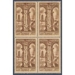 N°__302 ST TROPHIME D'ARLES BLOC 4 TIMBRES NEUFS ** 1935