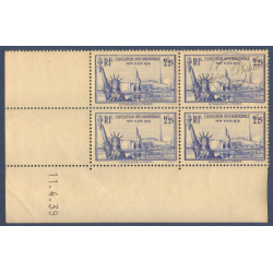 N°__426 EXPOSITION NEW YORK COIN DATE 11 avril 1939 TIMBRES NEUFS **
