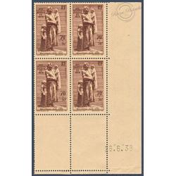 N°__447 COIN DATÉ STATUE DE DESRUELLES, TIMBRES NEUFS** 1939
