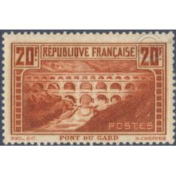 N°__262 PONT DU GARD, TIMBRE NEUF** 1929