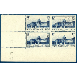 N°__379 COIN DATÉ COUR D'HONNEUR DU CHÂTEAU DE VERSAILLES, TIMBRES NEUFS** 1938