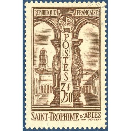 N°302 CLOITRE DE ST TROPHIME, TIMBRE NEUF** 1935
