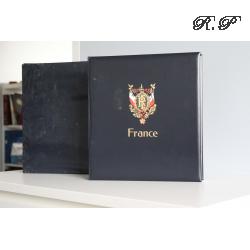 ALBUM DAVO POUR UNE COLLECTION DE TIMBRES FRANCAIS DE 2010 À 2012