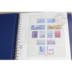 COLLECTION DE TIMBRES EUROPA DE 1988 À 1992 DANS UN ALBUM LINDNER
