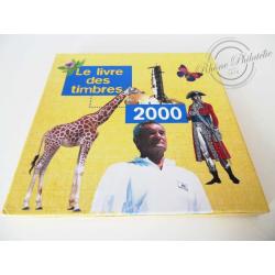 LE LIVRE DES TIMBRES FRANCE 2000