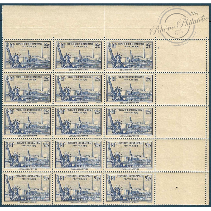 FEUILLET DE 15 TIMBRES N°426** STATUE DE LA LILBERTE 1939
